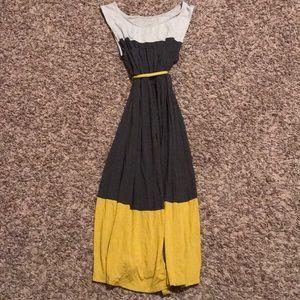 Midi maternity dress size small